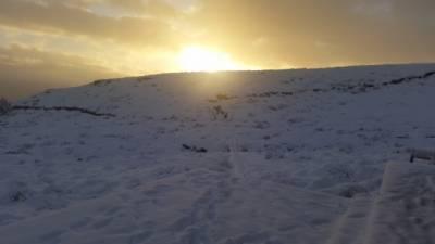 b2ap3_thumbnail_sunrise-snow-mt-luxmore-hut.JPG